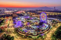 臺北市立兒童新樂園   Taipei Children's Amusement Park (Jennifer 真泥佛 * Taiwan) Tags: 兒童新樂園 台北市 taipeichildrensamusementpark 臺北市立兒童新樂園 空拍 dji 夕陽 taiwan taipei