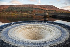 Ladybower Reservoir. (Darren Speak) Tags: canoneosm derbyshire 2019 landscape canon britain peakdistrict reservoir ladybower