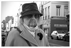 DSCF5417 (srethore) Tags: photo de rue street bw candid people meike 35mm