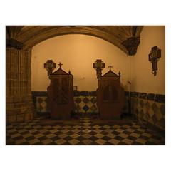 Beichtstühle, Real Monasterio de Nuestra Señora de Guadalupe, Extramadura (Daniel Philipona) Tags: real monasterio de nuestra señora guadalupe extremadura