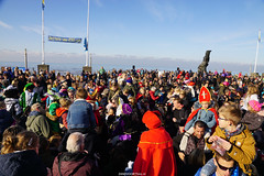 DSC05165 (ZANDVOORTfoto.nl) Tags: intocht sinterklaas zwarte piet 2019 zandvoort aan zee raceauto formule1 sint goedheiligman strand zandvoortfoto zandvoortphoto zandvoortfotonl netherlands nederland traditie kust beach beachlife 5 december kinderfeest