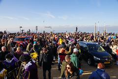 DSC05184 (ZANDVOORTfoto.nl) Tags: intocht sinterklaas zwarte piet 2019 zandvoort aan zee raceauto formule1 sint goedheiligman strand zandvoortfoto zandvoortphoto zandvoortfotonl netherlands nederland traditie kust beach beachlife 5 december kinderfeest