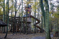 Yorkshire Wildlife Park (ec1jack) Tags: yorkshirewildlifepark yorkshire wildlife park doncaster england britain uk europe animal zoo november ec1jack kierankelly outings tourist attraction treehouse