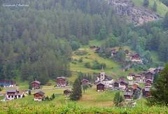 Dorf in Alpen (hamfilt) Tags: alpen bergen dorf ausflug reise urlaub natur landschaft wetter