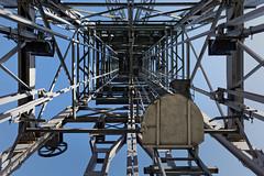 Vertigo (Guillaume DELEBARRE) Tags: iron chevalet tour tower canon 5dmarkiv liévin france mine coal coalmine 5d4 structure contreplongée