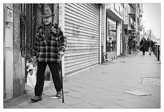 DSCF5425 (srethore) Tags: photo de rue street bw candid people meike 35mm