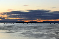 Tay Sunset (eric robb niven) Tags: ericrobbniven scotland dundee rivertay landscape cycling autumn winter springwatch