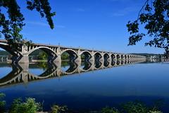 Veterans Memorial Bridge (Les Traveller) Tags: lancaster pa pennsylvania susquahanna