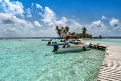 Caribbean (M-Gianca) Tags: sony belize mare isola sea caribbean island barche boats
