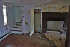DSC00921 (hawkshoe) Tags: abandoned homes se pa