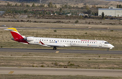 EC-MSL (Lucas31 Transport Photography) Tags: madrid aviation planes aircraft airport barajas iberia bombardier crj