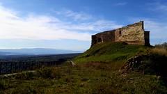 The Castle. (♪ fotodisignorina ♪ Felicia Violi PHOTOGRAPHY) Tags: feliciavioliphotography castle castello vibovalentia blackwhite bn bw