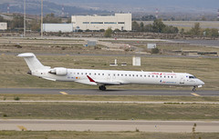 EC-MLC (Lucas31 Transport Photography) Tags: madrid aviation planes aircraft airport barajas iberia bombardier crj