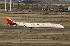 EC-LJX (Lucas31 Transport Photography) Tags: madrid aviation planes aircraft airport barajas iberia bombardier crj