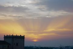Amanecer en Valencia 42 (dorieo21) Tags: sunrise sunlight sun soleil sol sonne sole himmel cielo ciel sky skyscape cloud clouds amanecer morgendämmerung alba nube nuage nubes nuvola nuages nuvole nikon d7200