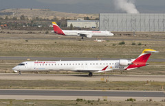 EC-MTZ (Lucas31 Transport Photography) Tags: madrid aviation planes aircraft airport barajas iberia bombardier crj