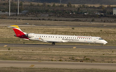 EC-MQQ (Lucas31 Transport Photography) Tags: madrid aviation planes aircraft airport barajas iberia bombardier crj