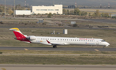 EC-MJQ (Lucas31 Transport Photography) Tags: madrid aviation planes aircraft airport barajas iberia bombardier crj