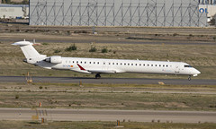 EC-LPN (Lucas31 Transport Photography) Tags: madrid aviation planes aircraft airport barajas iberia bombardier crj