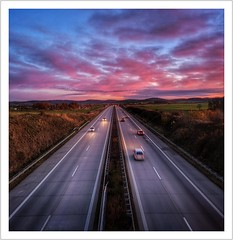 Highway Sunset (Norbert Kaiser) Tags: sachsen saxony östlicheserzgebirgsvorland autobahn autobahndresdenprag a17 bab17 bundesautobahn abendlicht abend abendrot sunset sonnenuntergang strase street smartphonephotography googlepixel3xl