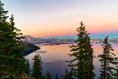 The love below. (Snap.off) Tags: nationalgeographic ngc nationalparks nationalpark perspective seascape landscapephotography landscapephotographer landscapejunkies landscapes landscape naturelover naturelovers details fantasticnature colors color naturephotography naturephotographer nature sonya7rii sonya7r2 sonyalpha sonyemount explore oregonexplored oregon hike hiking outdoors mountain mountains water lake craterlake wideangle 28mm sel28f20