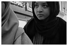 DSCF5449 (srethore) Tags: photo de rue street bw candid people meike 35mm