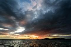 裂けた空ーThe sky which split (kurumaebi) Tags: yamaguchi 秋穂 山口市 nikon d750 nature landscape sea 海 cloud 雲 sunset 夕焼け dusk