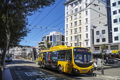 Manners Street - Wellington (andrewsurgenor) Tags: trolleybuses trolleybus transit trackless transport trolleycoach trolleybuswellington trolebús trolejbusowy trolejbus trolle filobus obus gowellington nzbus