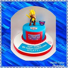 Brawl Stars Pasta. Renkli Tatlar Butik Pasta. İletişim : 05336688680. www.renklitatlar.com (www.renklitatlar.com (05336688680)) Tags: çocukpastaları sugarart edibleart butikpastalar butiktasarımpastalar butikpastatasarım butikdoğumgünüpastaları sugarmodelling renklitatlarbutikpasta renklitatlar wwwrenklitatlarcom cakeart cakedesign cakegoals siparişpasta butikpastaistanbul fondant sugarcraft cakes handmade kişiyeözeltasarımpastalar theartofpainting fondantfigures birthdaycake cakedecoration çocukdoğumgünü brawlstarscake brawlstarspasta