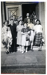 VINTAGE . PEOPLE POSING IN A GROUP. HANDBAGS AT THE READY. (JOHN MORGANs OLD PHOTOS.) Tags: vintage found photo johnmorgan uk unusual unitedkingdom unknown unique interesting different old photos people photographer vintagephoto bw black british and white handbags at the ready