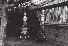Sculpture in Context, Glasnevin (Mark Carmody) Tags: analoguephotography analog analogue film filmisnotdead filmphotography filmisalive f washi filmwashi filmwashid aerospace canon canona1 takumar supertakumar55mmf18 blackandwhite portraits streetscape landscape