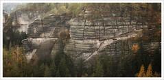 Sandsteinstrukturen (Norbert Kaiser) Tags: sachsen saxony elbsandsteingebirge elbesandstonemountains sandstein sandstone felsen hinteresächsischeschweiz goldstein goldsteinaussicht landschaft landscape natur nature