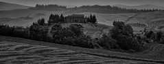 """Tuscan landscape <a style=""""margin-left:10px; font-size:0.8em;"""" href=""""http://www.flickr.com/photos/15979685@N08/49085258382/"""" target=""""_blank"""">@flickr</a>"""