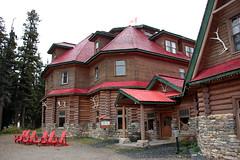 Simpson's Num-Ti-Jah Lodge (JB by the Sea) Tags: banff banffnationalpark alberta canada september2019 rockies rockymountains canadianrockies icefieldsparkway highway93 bowlake simpsonsnumtijahlodge numtijahlodge