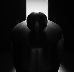 mill lid (Antti Tassberg) Tags: mill grinder lids pepper macro macromondays bw 100mm blackandwhite lens monochrome prime