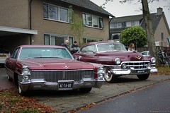 Cadillac Sedan DeVille 1965 (AE-74-80) & Series 62 Coupé 1951 (AM-84-94) (MilanWH) Tags: cadillac 1965 series 62 coupé 1951 am8494 ae7480 sedan deville red rouge rot metallic