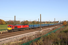 66044 6M16 chaloners whin 18.11.2019 (Dan-Piercy) Tags: dbcargo class66 66044 chalonerswhin askhambar 6m16 teesny knowsley empty bins ecml