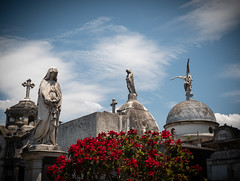 Fruedhof in Beunos Aires, cemetery in Buernos Aires (fritz polesny) Tags: buenos aires friedhof cemetery panasonicg9 1260mm graves grab grabdenkmal