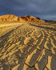 Death Valley December Light 2018 (Jeff Sullivan (www.JeffSullivanPhotography.com)) Tags: death valley national park california usa eastern sierra landscape nature travel night photography canon eos 5d mark iv photo copyright 2018 jeff sullivan december