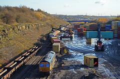 Tinsley freightliner terminal (delticfan) Tags: 66708 tinsley sheffield freightliner gbrf containers