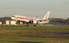 N757HW landing. (aitch tee) Tags: cardiffairport aircraftspotting aviation n757hw boeing b757200 maesawyrcaerdydd walesuk