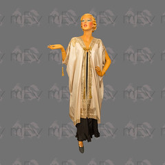 1910s 1920s Silk Robe Loungewear with Gold Lamé Embroidery, Gold Bullion Rope and Tassel Ties (Rickenbackerglory.) Tags: vintage 1910s 1920s silk robe loungewear goldlamé embroidery goldbullion rope tassel ties siegel mannequin