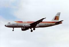 Photo of EC-FBQ Airbus A320-211 cn 136 Iberia Heathrow 13Jun91