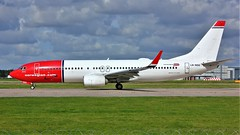 LN-NGU (AnDyMHoLdEn) Tags: norwegian 737 egcc airport manchester manchesterairport 23l