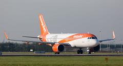 A320 | G-UZHB | AMS | 20191117 (Wally.H) Tags: airbus a320 a320neo guzhb easyjet neo ams eham amsterdam schiphol airport