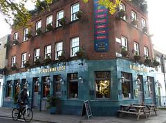 Plaquemine Lock (Draopsnai) Tags: plaqueminelock pub traditionalbritishpub londonboozer regentscanal grahamstreet sudeleystreet angel islington
