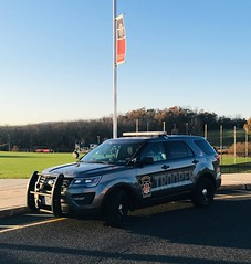 Pennsylvania State Police (10-42Adam) Tags: pennsylvaniastatepolice psp ford explorer utility police lawenforcement 911 statepolice trooper statetrooper