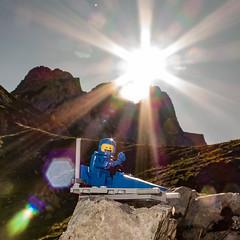 Benny´s Stop on Torscharte (genelabo) Tags: lego minifigure rontal karwendel bayern bavaria hiking wandern wanderung square quadrat alpenpark torscharte rohntalalm hinterris alpen berge mountains alps view benni space sun reflexion bokeh sonne