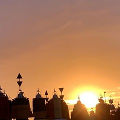 The sun is a beacon... #beacons #sunset #outdoors #nofilter #sky #maritime