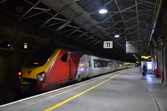 Virgin Trains Super Voyager 221117 (Will Swain) Tags: preston station 27th october 2019 train trains rail railway railways transport travel uk britain vehicle vehicles england english europe transportation class north west virgin super voyager 221117 221 117
